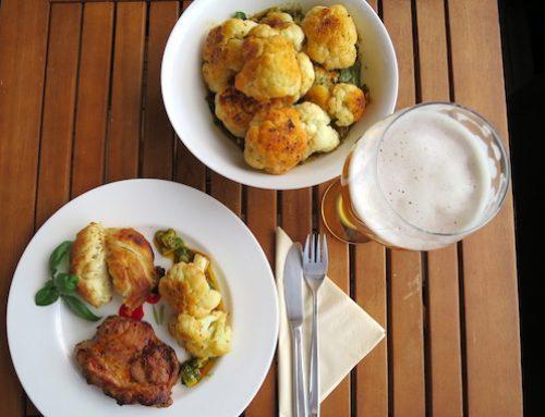 Gegrillter Blumenkohl und MEGGLE Ofen Schnecke als Grillbeilage